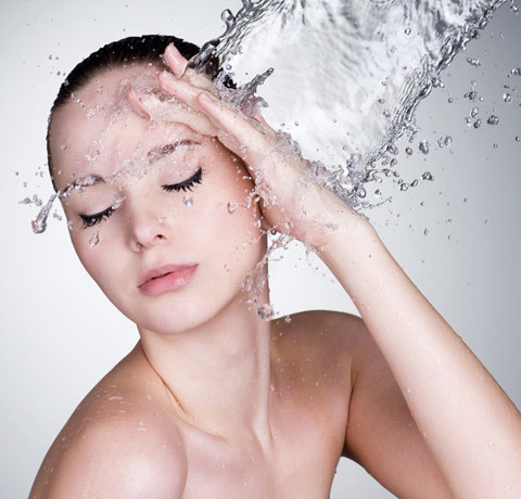 雾霾天防止肌肤早衰8要点|让肌肤健康